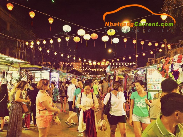 Highlights of Nha Trang night market