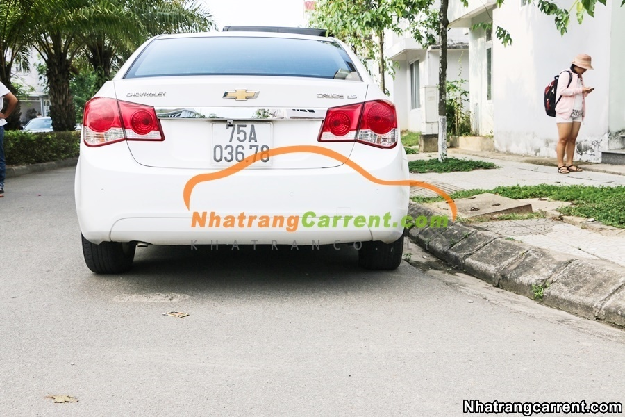 4 seat chevrolet cruze car rental in nha trang