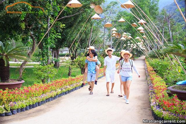 Hoa Lan island